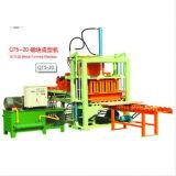 La meilleure machine de fabrication de brique concrète hydraulique semi automatique de vente de la cavité Qt5-20 et de la machine à paver en Afrique