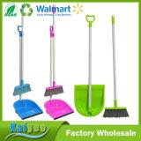 Conjunto Multicolor de Plástico de Vassoura e Dustpan