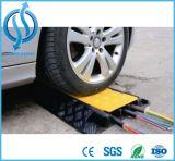 PVCとゴム2チャネルケーブルプロテクター