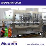 Máquina de rellenar de la bebida carbónica automática de la tríada