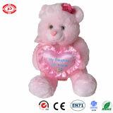 Urso enchido cor-de-rosa com do luxuoso bonito dos acessórios do coração a peluche macia