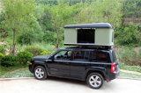 屋外4WD堅い屋根の上のテント