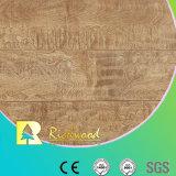 Commerciële 8.3mm In reliëf gemaakte Iep v-Gegroefte Waterdichte Gelamineerde Vloer