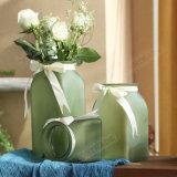 リボンの装飾の多彩なFlostedガラスのつぼ