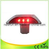 Lampeggiante rosso di gatto degli occhi della vite prigioniera solare LED della strada
