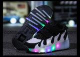 De Schoenen van de Sport van de Schoenen van de Rol van de Schoenen van Heelys van de Jonge geitjes van de manier met LEIDEN Licht