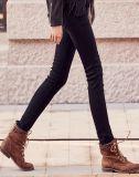 Kundenspezifisches Baumwollschwarzes Jean auf Hersteller