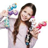 Игрушки перста подарка рождества обезьяна младенца Fingerlings любимчика цвета взаимодействующей франтовская