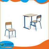 La alta calidad Aula escritorio y silla muebles con precios baratos