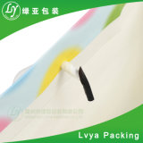 Le luxe recyclé papier kraft de vente au détail de qualité supérieure un sac de shopping pour l'emballage en tissu