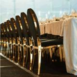 Foshan 도매 현대 금 대중음식점 결혼식을%s 연회 의자를 식사하는 타원형 둥근 뒤 백색 PU 가죽 스테인리스