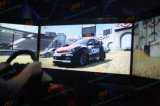 100つ以上の競技場が付いているシミュレーター3スクリーンのレースカー