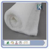 Roulis non tissé de tissu d'ouate en feuille de polyester dans la couture