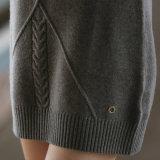 Stutzen-Kaschmir-Strickjacke der Frauen hohe