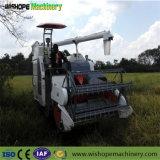 Kubotaのコンバイン収穫機
