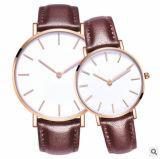 カップルによってカスタマイズされるロゴの腕時計のための合金の箱の日本動きの手首のファッション・ウォッチ