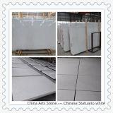 Bancada de mármore branca de China Carrara para projetos da cozinha e do banheiro