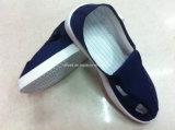 Salle blanche antistatique ESD PU Semelle en PVC à quatre trous Portez des chaussures de travail