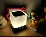 Altavoz de la pantalla táctil de la lámpara de la luz LED de la noche de la tarjeta del TF de la alta calidad con el reloj de alarma