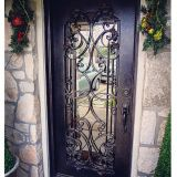 Rolle-Arbeit teilt Finesse zur schönen Tür zu