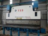 鋼鉄構築(WE67K-800t/6000mm)を処理するのに使用される800t/6mの油圧曲がる機械