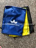 OEMのカスタム無地オレンジポリエステルドローストリングのバックパックの黒のGymsac袋