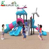 Campo da giuoco di plastica del campo da giuoco dei bambini esterni degli accessori, campo da giuoco di plastica standard