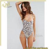 Schaufel-Stutzen Nicht-Aufgefüllter Cup-Strappy rückseitiger Leopard-Druck-Badeanzug-Bikini