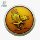 Pin de bronze do Lapel da águia do metal da carcaça do ouro antigo da venda por atacado 3D