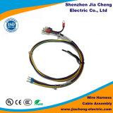 El conector Molex de cables del conjunto de cables