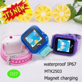 "IP67는 1.22 "" 접촉 스크린 D27를 가진 아이 추적자 시계를 방수 처리한다"