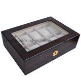 腕時計のパッキングのための黒い木箱