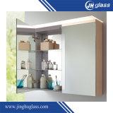 Установленный стеной шкаф зеркала ванной комнаты с ультракрасным переключателем
