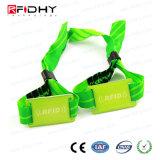 Promozionale impermeabilizzare 13.56 il braccialetto del tessuto di festival RFID di stampa del Wristband tessuto megahertz