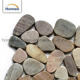 新しいデザインは小石の石造りのモザイク浴室の壁のタイルの小石のタイルをスライスした
