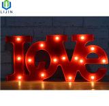 """"""" Liebe """", die LED hell wenig Schreibtisch-Nachtlampe formt"""