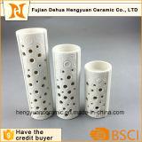 De cilindrische Houder van de Kaars van de Steen Ceramische die voor de Decoratie van het Huis wordt geplaatst