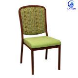 ファブリッククッションの食堂の家具は木製の椅子を模倣した