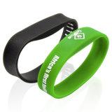 Silicone personalizzabile del Wristband di HF RFID dell'OEM per ettichettare di evento