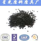 Чернота активированного угля раковины кокоса от черноты углерода
