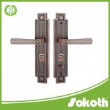 Esterno professionale del hardware del portello del metallo di schiocco e fornitore placcato Interiorbig della maniglia di portello