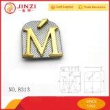 O logotipo personalizado de carta de metal de alta qualidade carta separada da etiqueta do logotipo