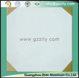 アルミニウム建築材料-八角形金のローラーのコーティングの印刷の天井