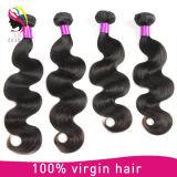 Les cheveux humains d'enroulement crépu en gros empaquettent le cheveu indien cru