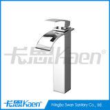 Robinet simple de bassin de salle de bains de cascade à écriture ligne par ligne de traitement de partie supérieure du comptoir