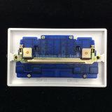 Zoccolo materiale di rame dell'interruttore del doppio 13A della bachelite (E8913SD)