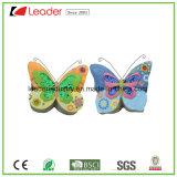 庭の装飾のためのきらめきの翼が付いているPolyresinの蝶彫像