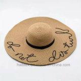 El sombrero de paja de papel Brimmed grande de la promoción imprimió con la insignia (HW09)
