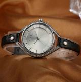 Reloj de cuero del regalo de los cuartos de galón de la correa de la aleación del ODM del OEM para las mujeres (WY-001B)