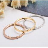 Simplicidad elegante encanto Material de acero de titanio Joyería joyas anillo